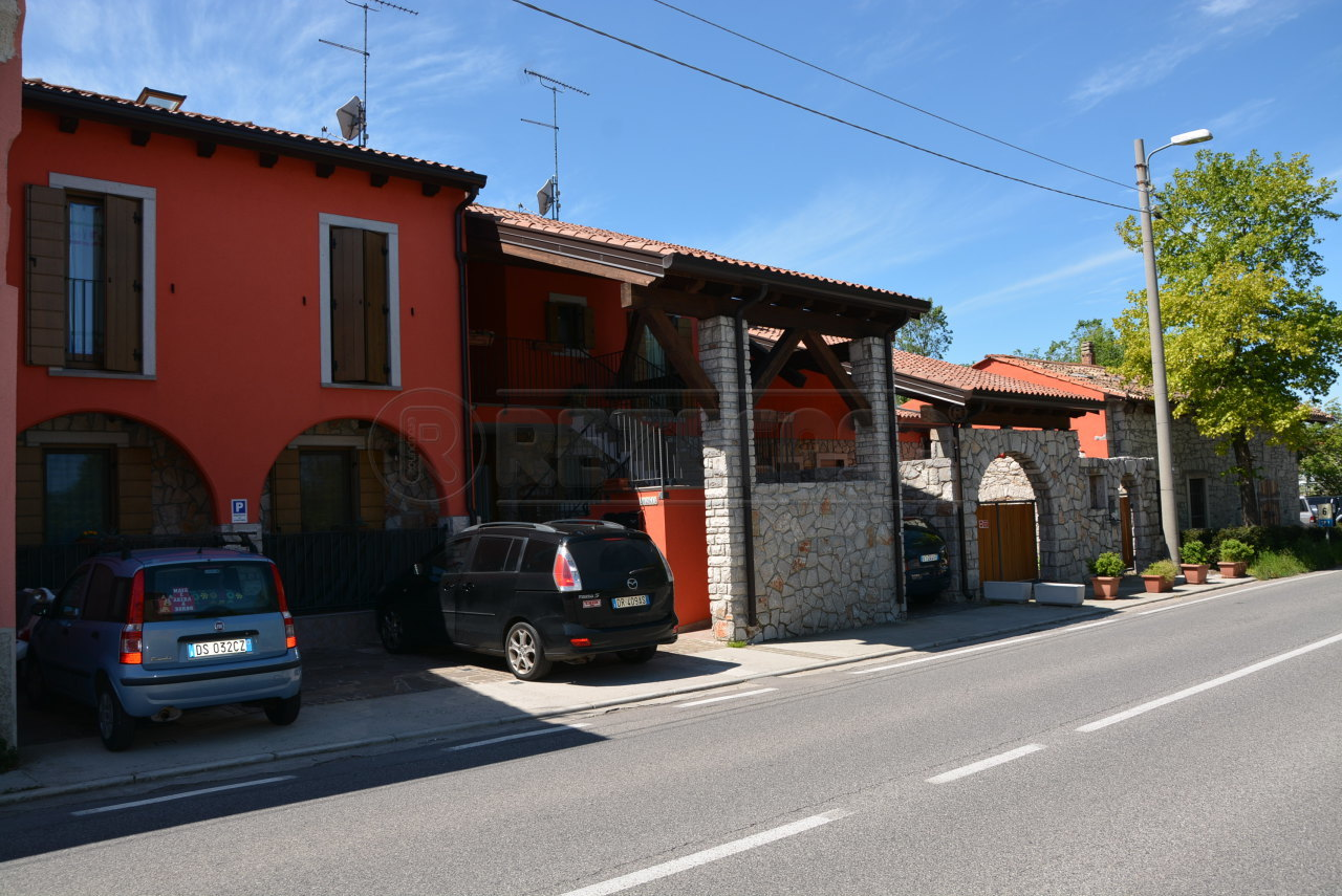Bilocale Trieste Localita' Santa Croce 1026 2