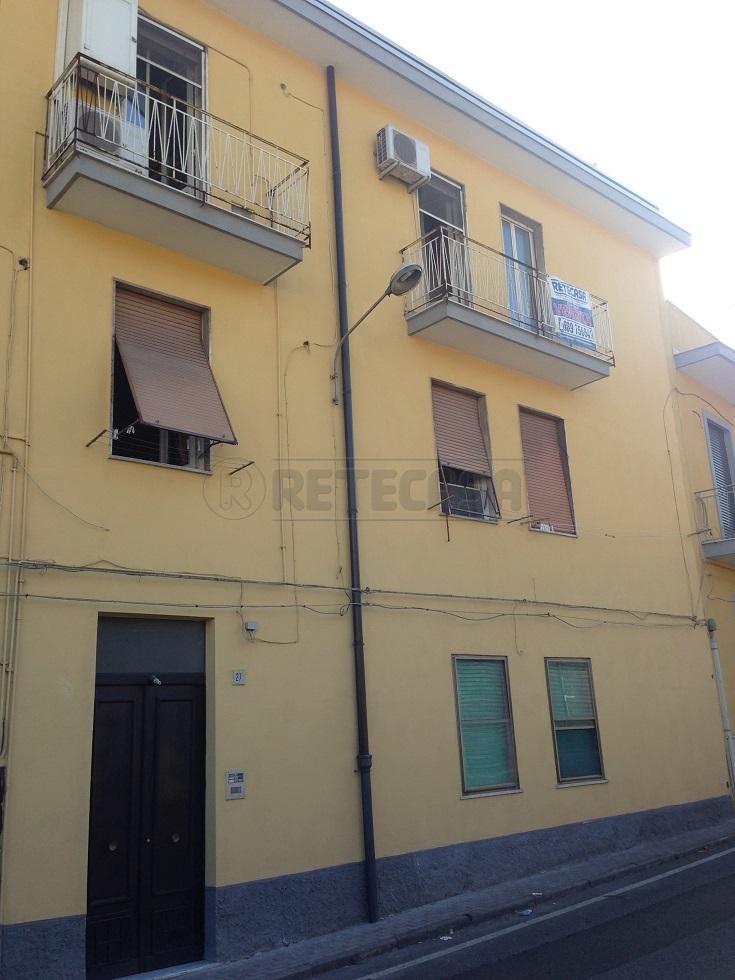 Bilocale Salerno Via Dei Casali 27 1