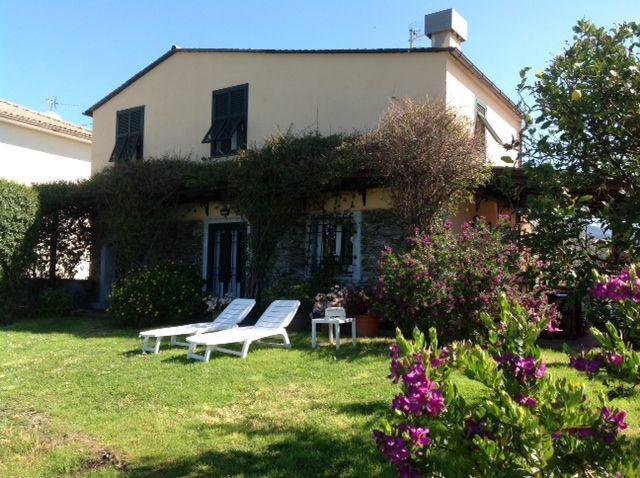 Soluzione Indipendente in vendita a Sestri Levante, 10 locali, Trattative riservate | CambioCasa.it