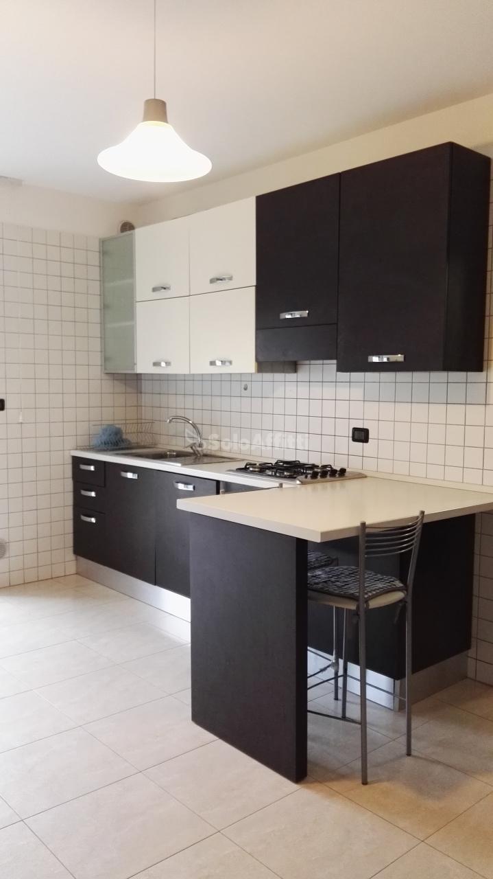 Appartamento in affitto a Pescara, 3 locali, prezzo € 400 | Cambio Casa.it