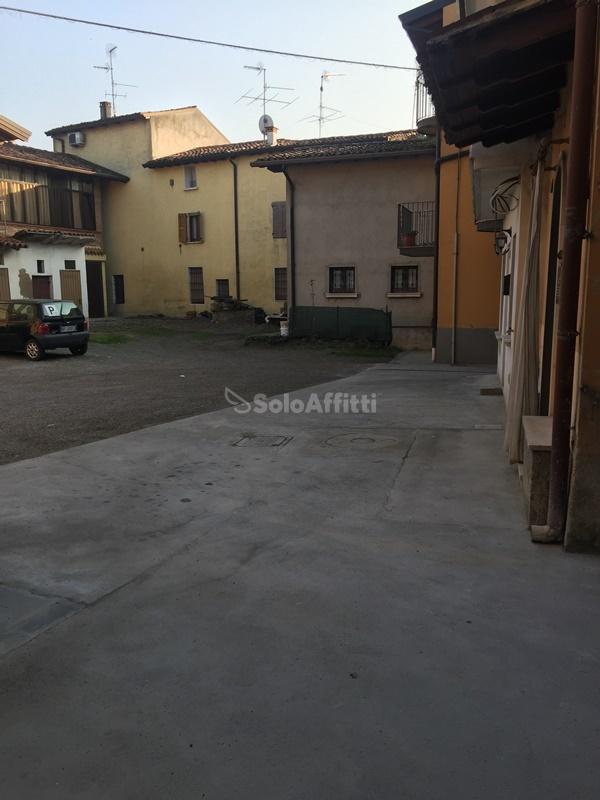 Bilocale Bagnolo Mella Via Garza 8 10