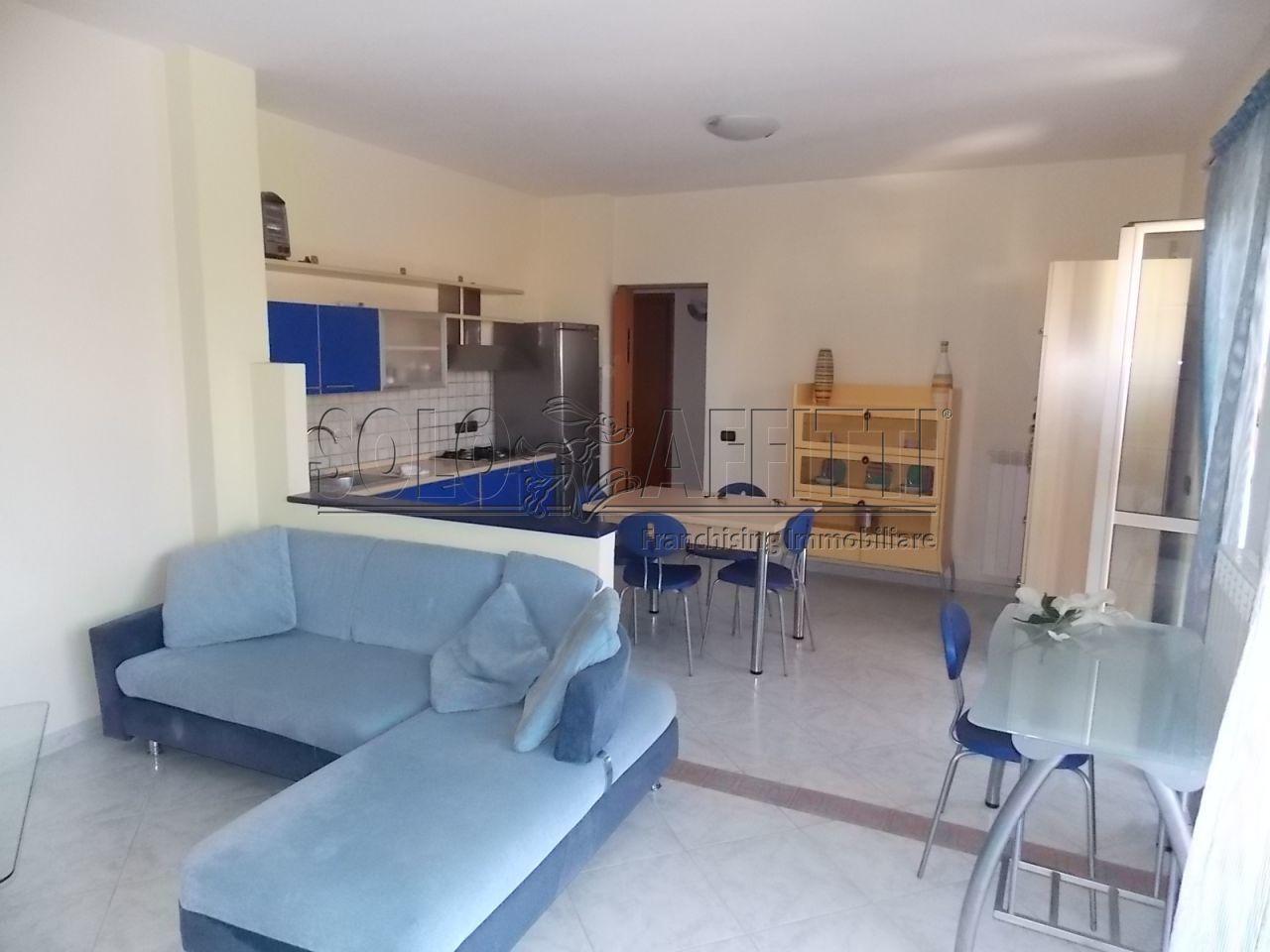 Trilocale in affitto - 100 mq