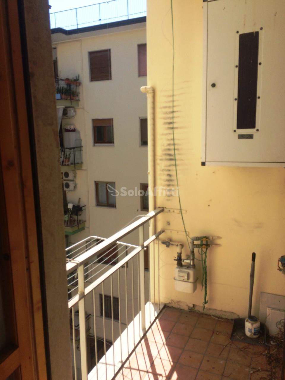 Bilocale Caserta Via Roma 3