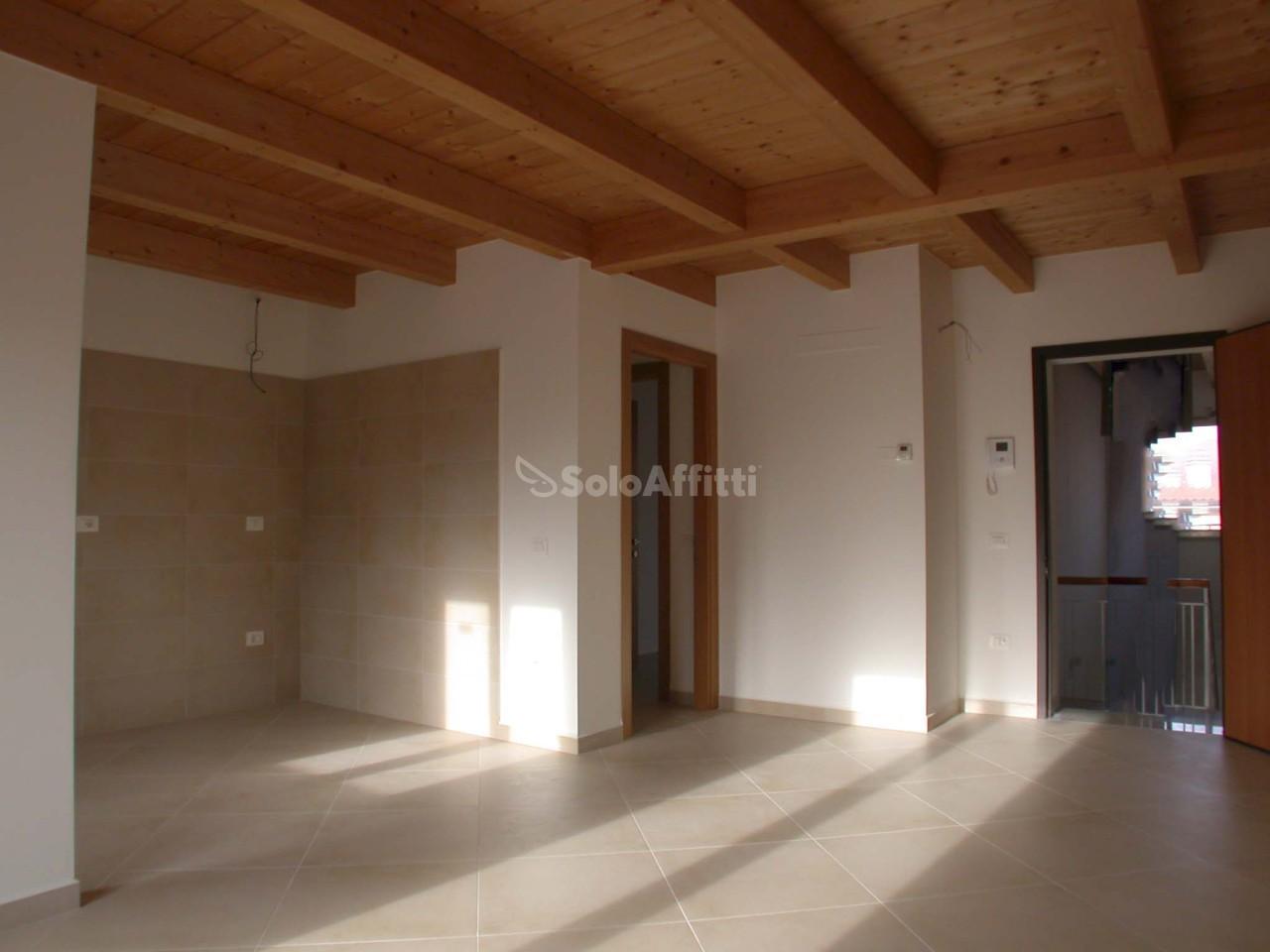 Appartamento quadrilocale in affitto a Fano (PU)