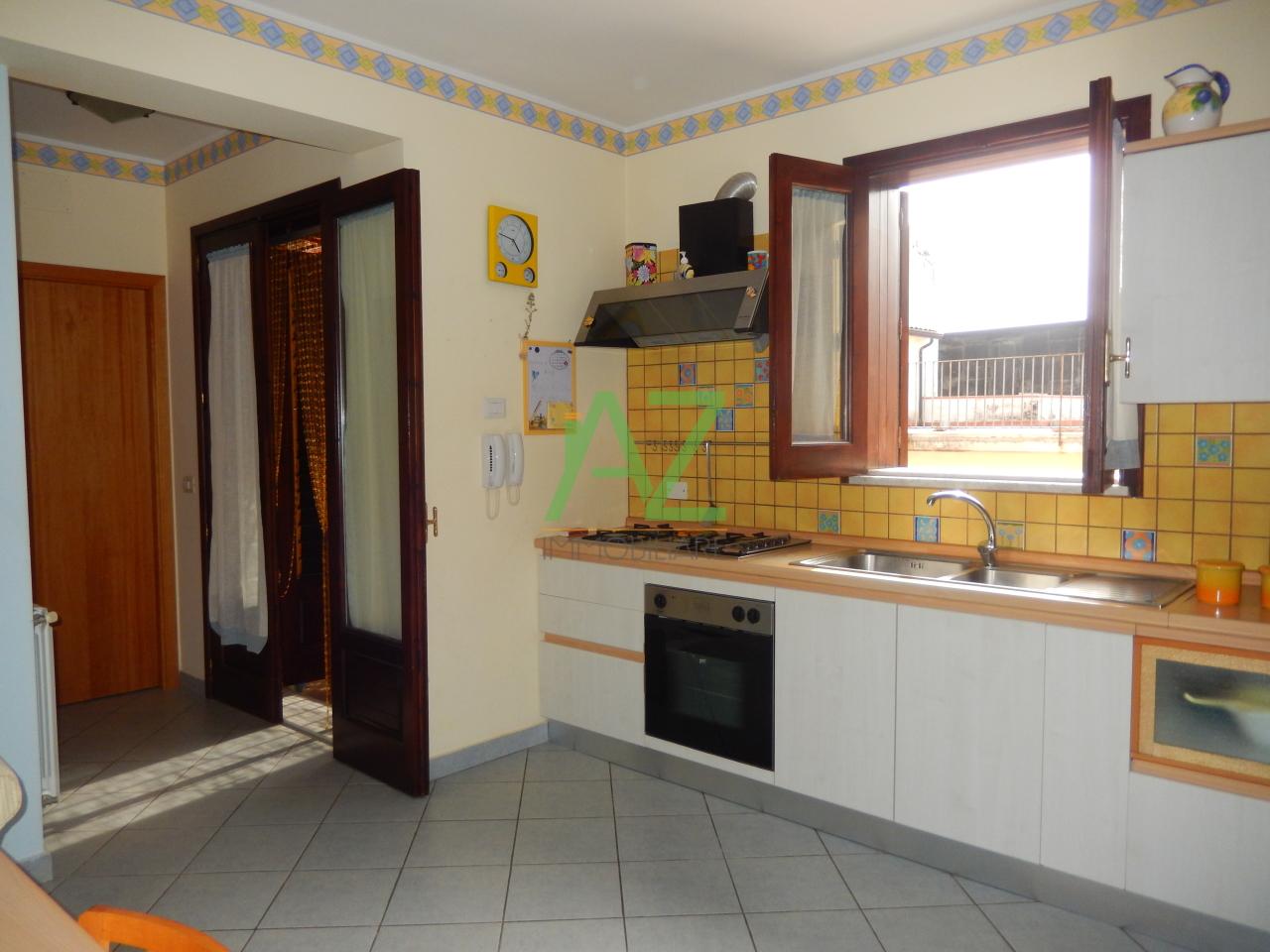 Appartamento in affitto a Acireale, 3 locali, prezzo € 550 | Cambio Casa.it