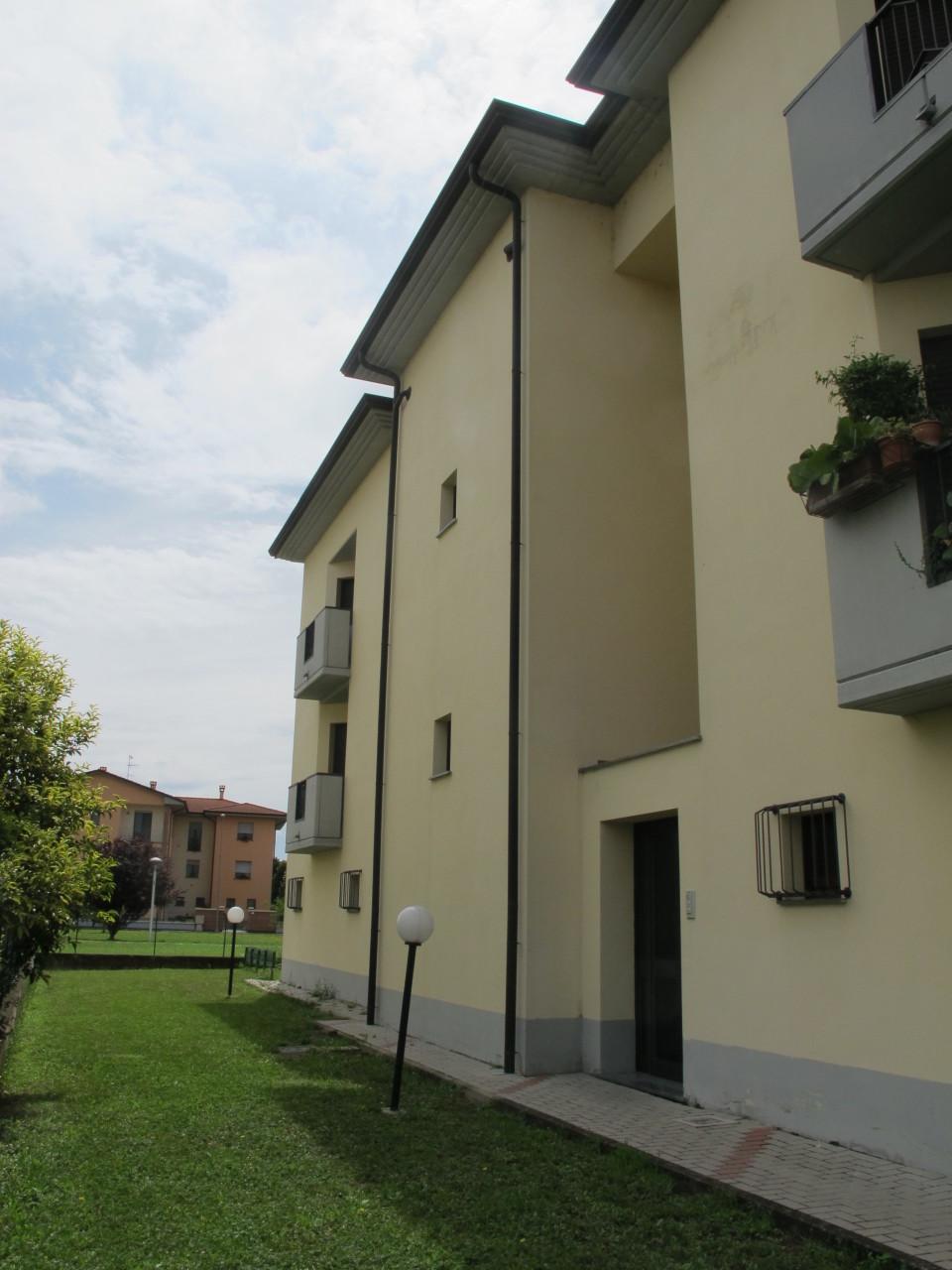 Appartamento in affitto a Soragna, 4 locali, prezzo € 550 | Cambio Casa.it