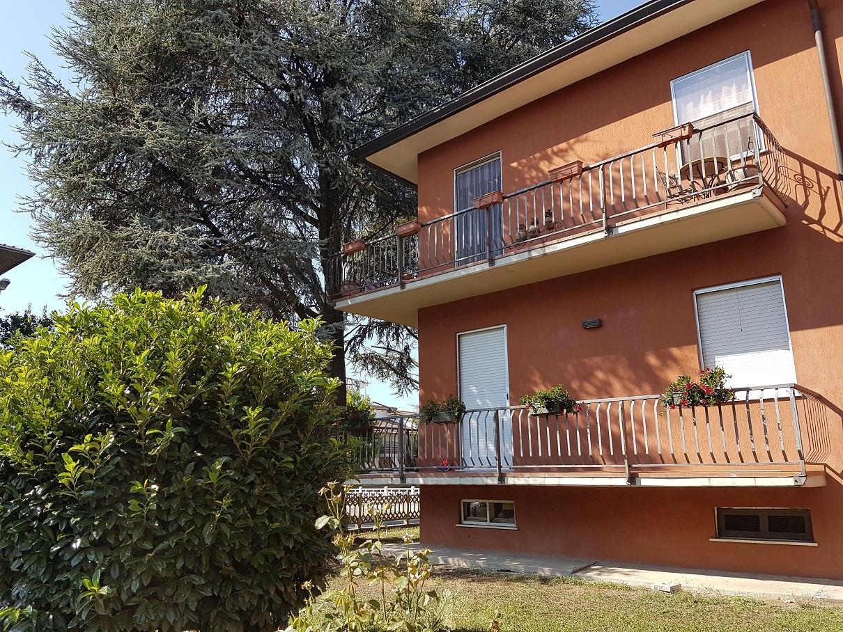 Appartamento in affitto a San Secondo Parmense, 4 locali, prezzo € 500 | Cambio Casa.it
