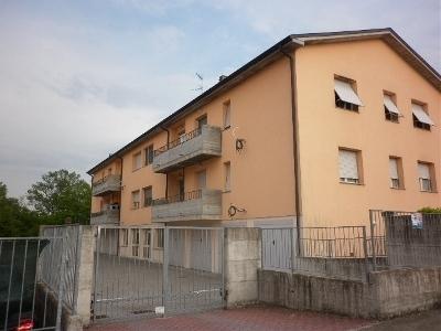 Appartamento in vendita a Felino, 4 locali, prezzo € 98.000 | Cambio Casa.it