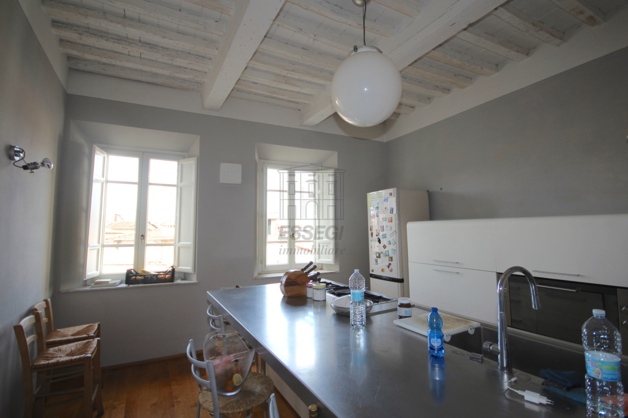 Appartamento Lucca Centro storico IA02936 img 4