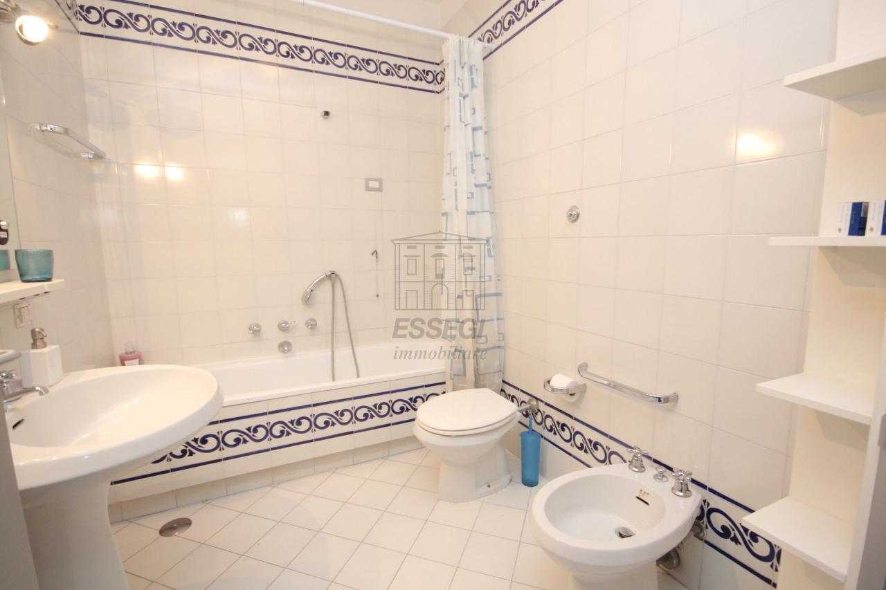 Appartamento Lucca Centro storico IA03272 img 12