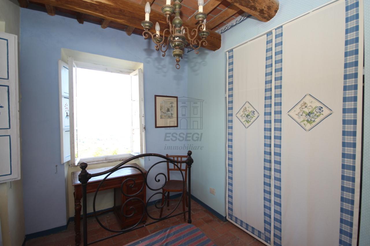 tipica casa toscana di paese sulle colline di lucca img 27