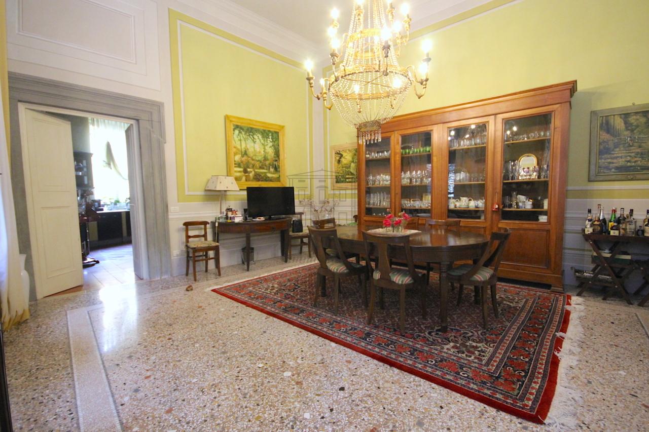 Appartamento Lucca Centro storico IA03053 img 6