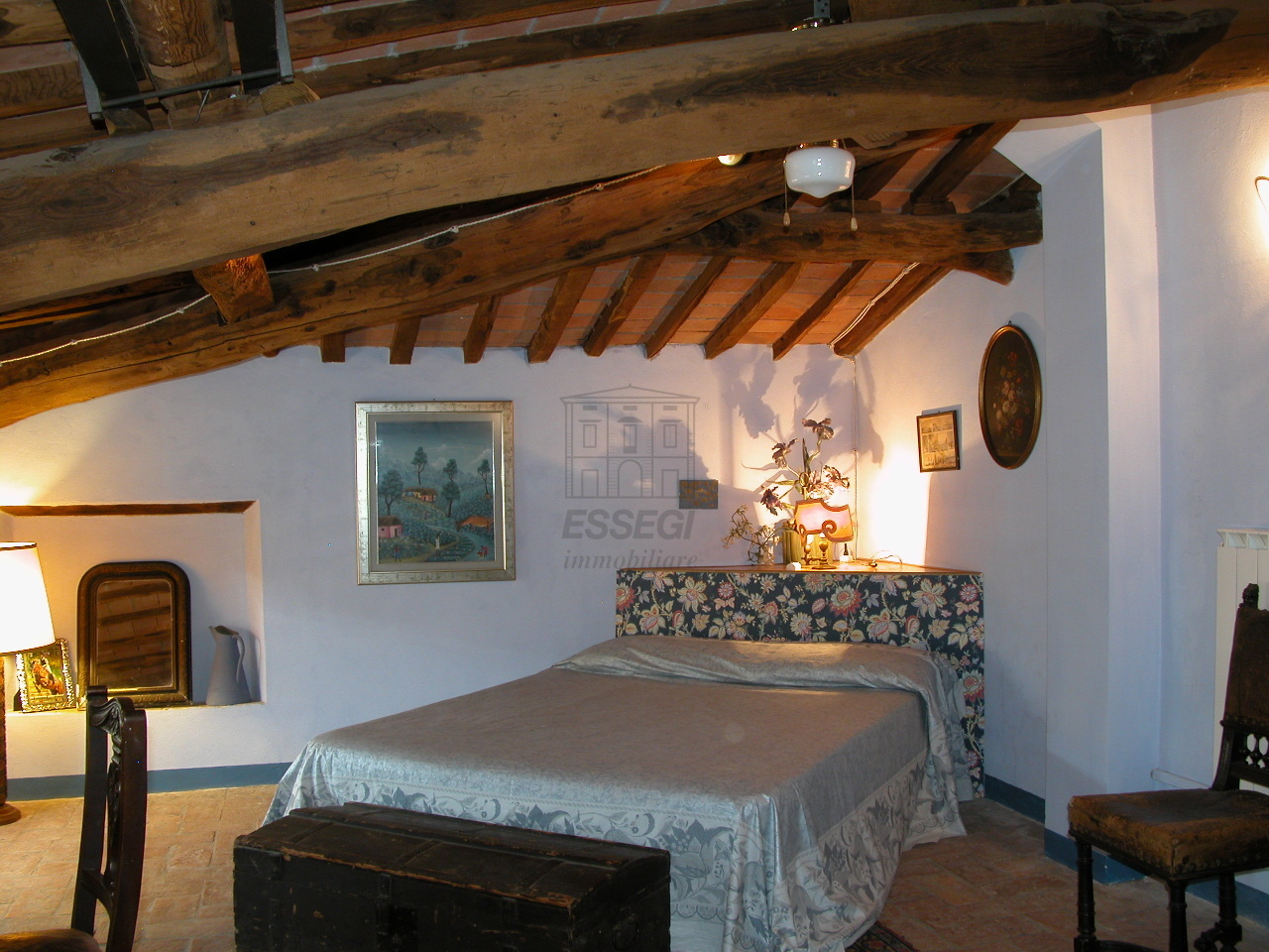tipica casa toscana di paese sulle colline di lucca img 30