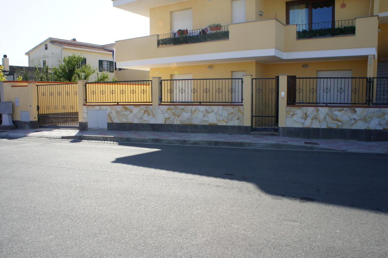 Appartamento in vendita a Uta, 3 locali, prezzo € 85.000 | CambioCasa.it