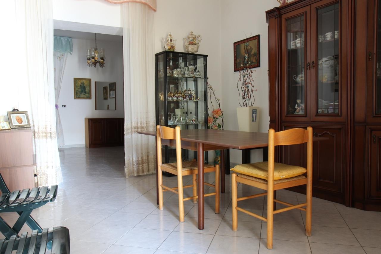 Soluzione Indipendente in vendita a Uta, 5 locali, prezzo € 56.000 | Cambio Casa.it