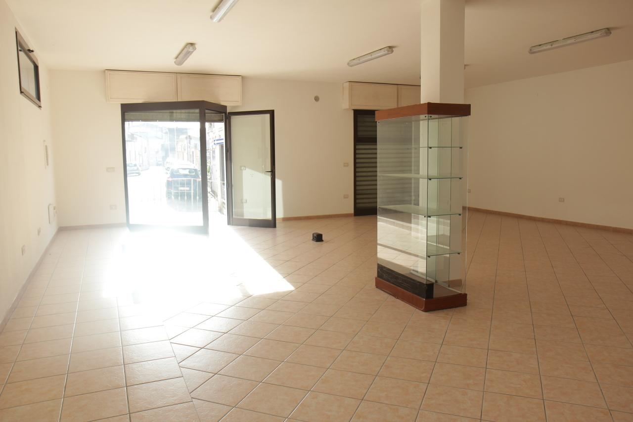 Capannone in affitto a Decimomannu, 1 locali, prezzo € 600 | CambioCasa.it