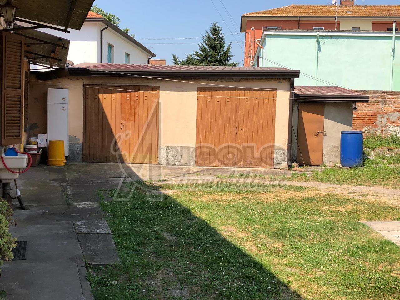 Appartamenti e Attici FERRARA vendita  FRAZIONI-PERIFERIA  L