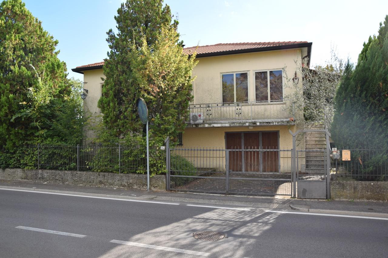 Soluzione Indipendente in vendita a Lonigo, 6 locali, prezzo € 380.000 | Cambio Casa.it