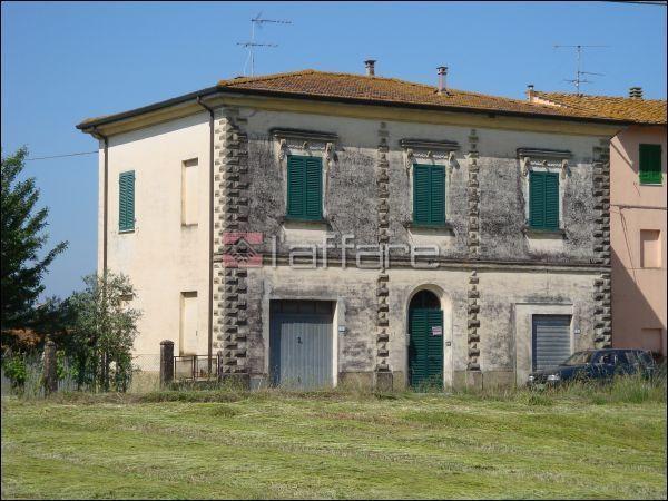 Soluzione Indipendente in vendita a Palaia, 9 locali, prezzo € 220.000 | CambioCasa.it