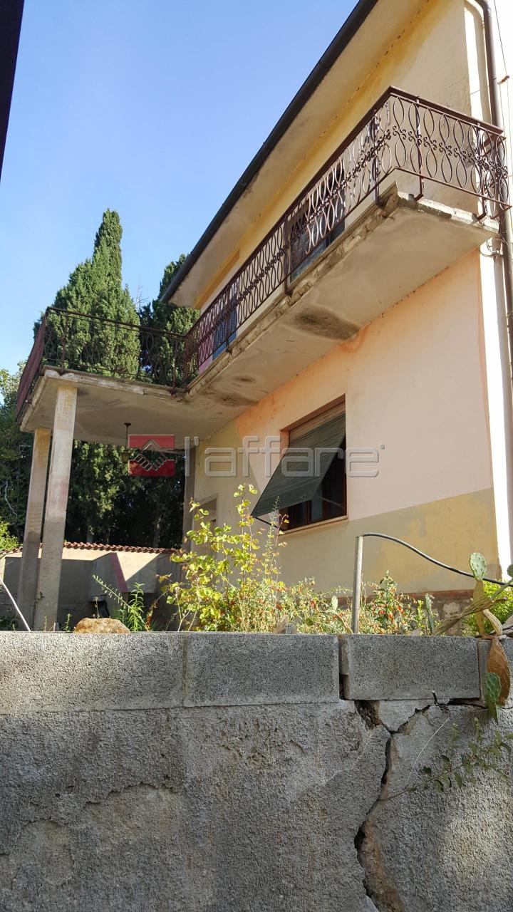 Soluzione Indipendente in vendita a Capannoli, 7 locali, prezzo € 138.000 | Cambio Casa.it