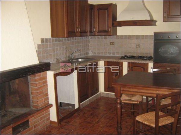 Appartamento in vendita a Crespina Lorenzana, 4 locali, prezzo € 90.000 | Cambio Casa.it