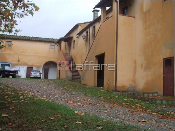Rustico / Casale in vendita a Lajatico, 9999 locali, Trattative riservate | CambioCasa.it