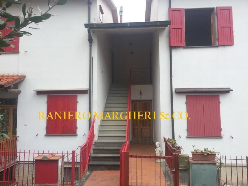 Appartamento in vendita a Reggello, 4 locali, prezzo € 70.000 | Cambio Casa.it