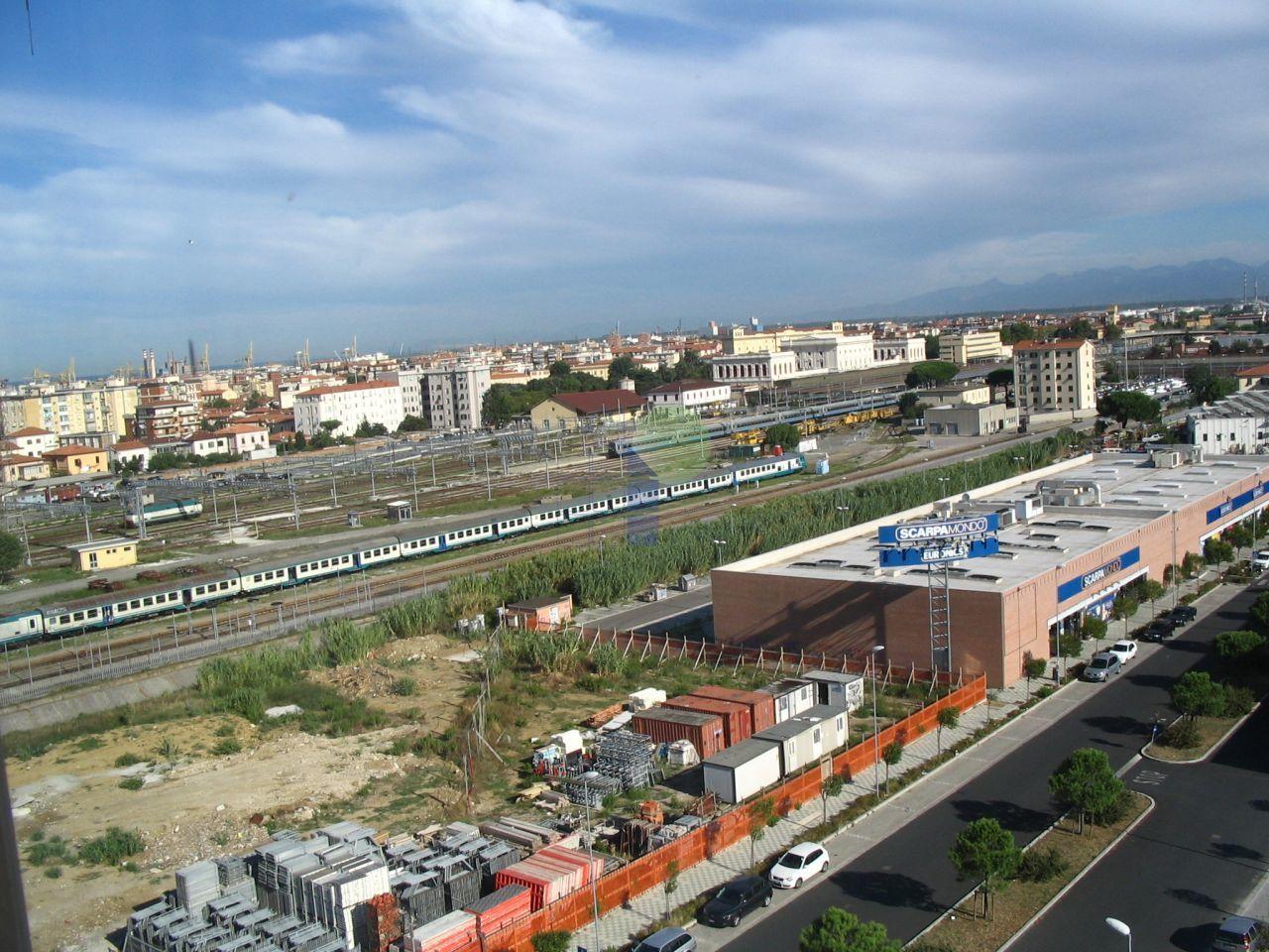 Bilocale Livorno Via Lampredi 8