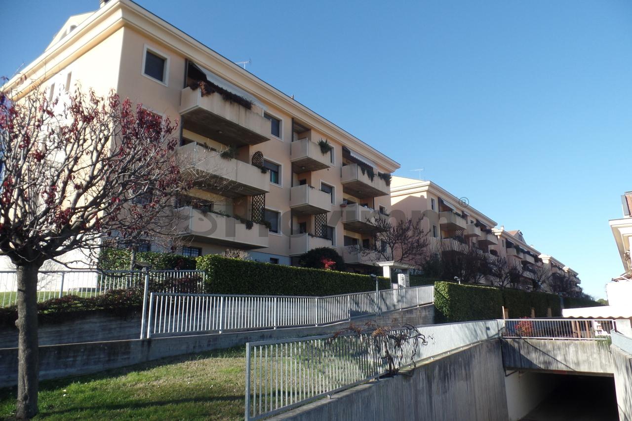 vendita appartamento cesena   320000 euro  5 locali  123 mq