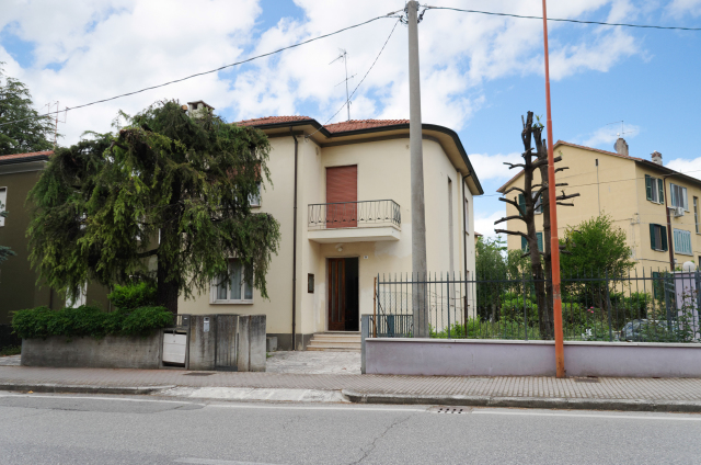 Vai alla scheda: Casa indipendente Vendita - Cesena (FC) - Codice -3402