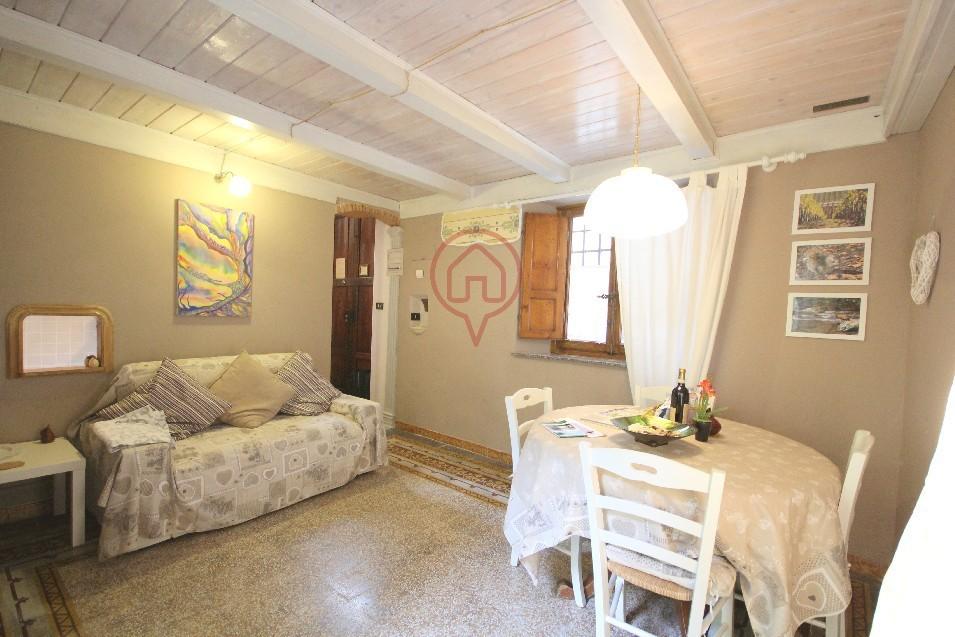 Bilocale Lucca Via Sant' Anastasio 6