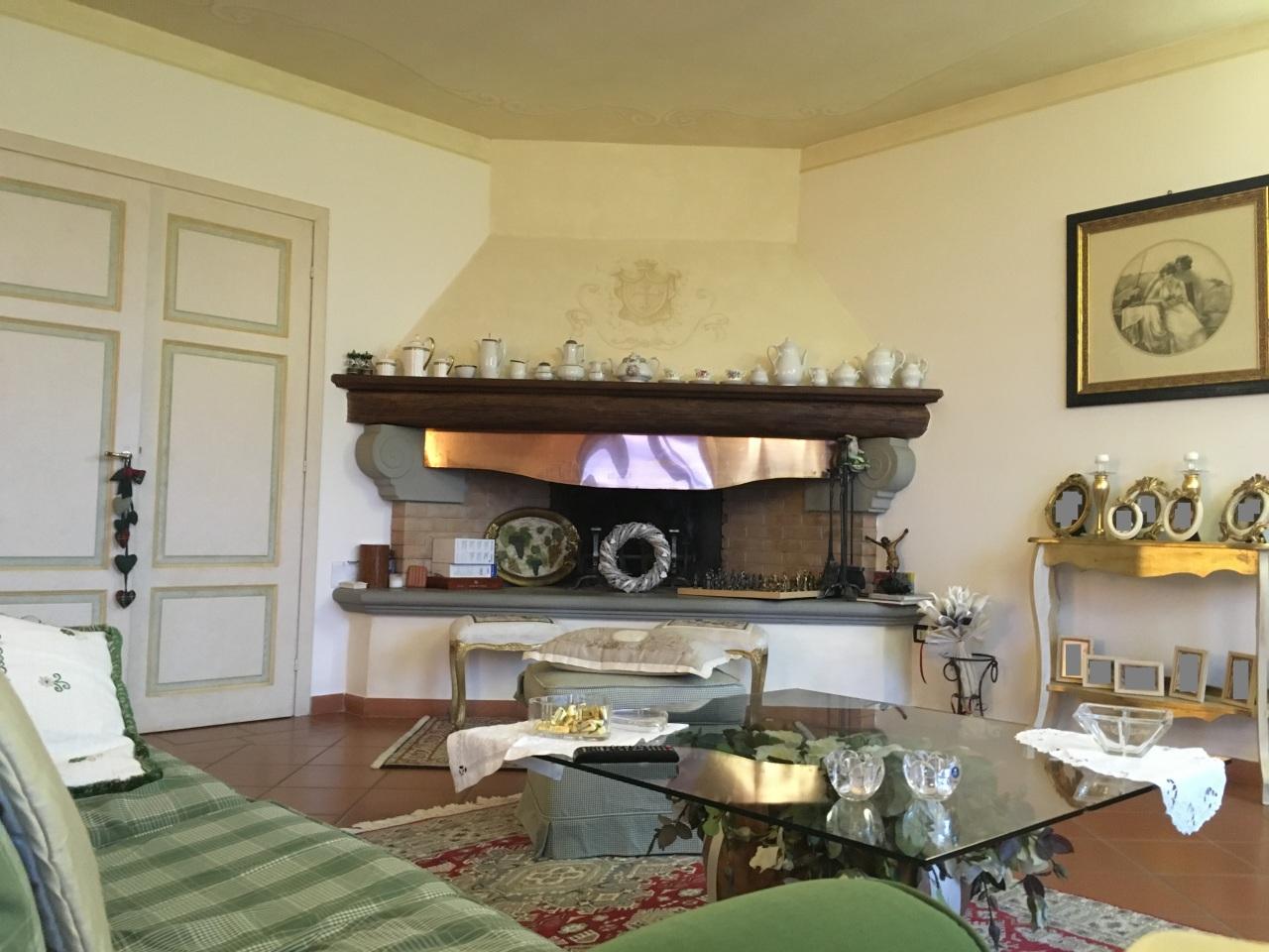 Villa in vendita a Capannoli, 9 locali, prezzo € 590.000 | Cambio Casa.it