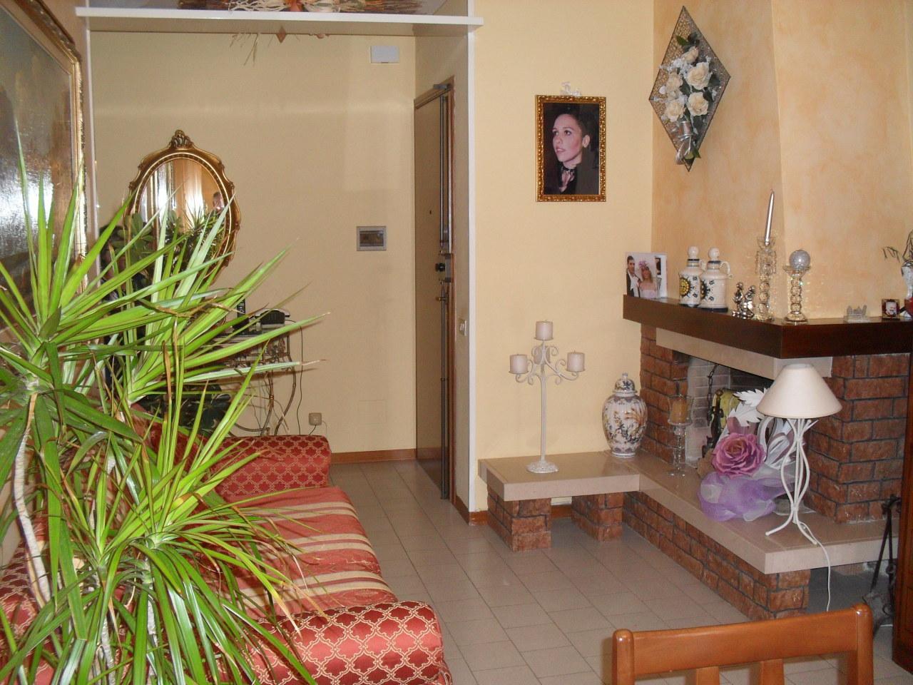 Appartamento in vendita a Capannoli, 5 locali, prezzo € 125.000 | Cambio Casa.it