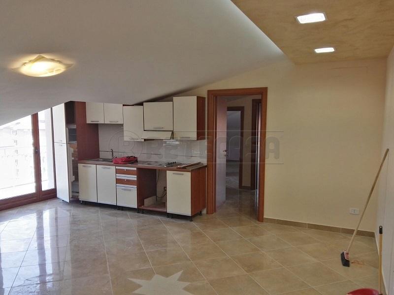 Attico / Mansarda in vendita a Montoro, 3 locali, prezzo € 89.000 | Cambio Casa.it