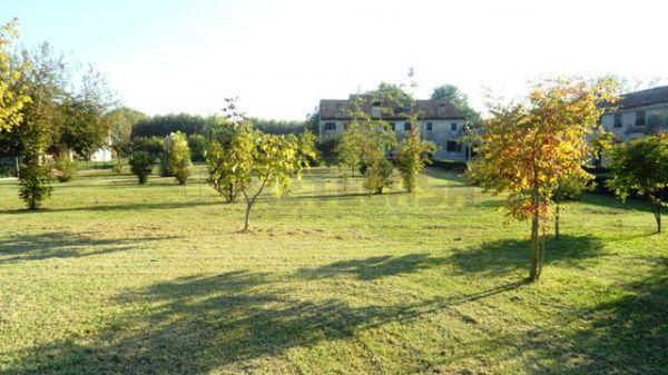 Soluzione Indipendente in vendita a Mantova, 9999 locali, prezzo € 430.000 | Cambio Casa.it