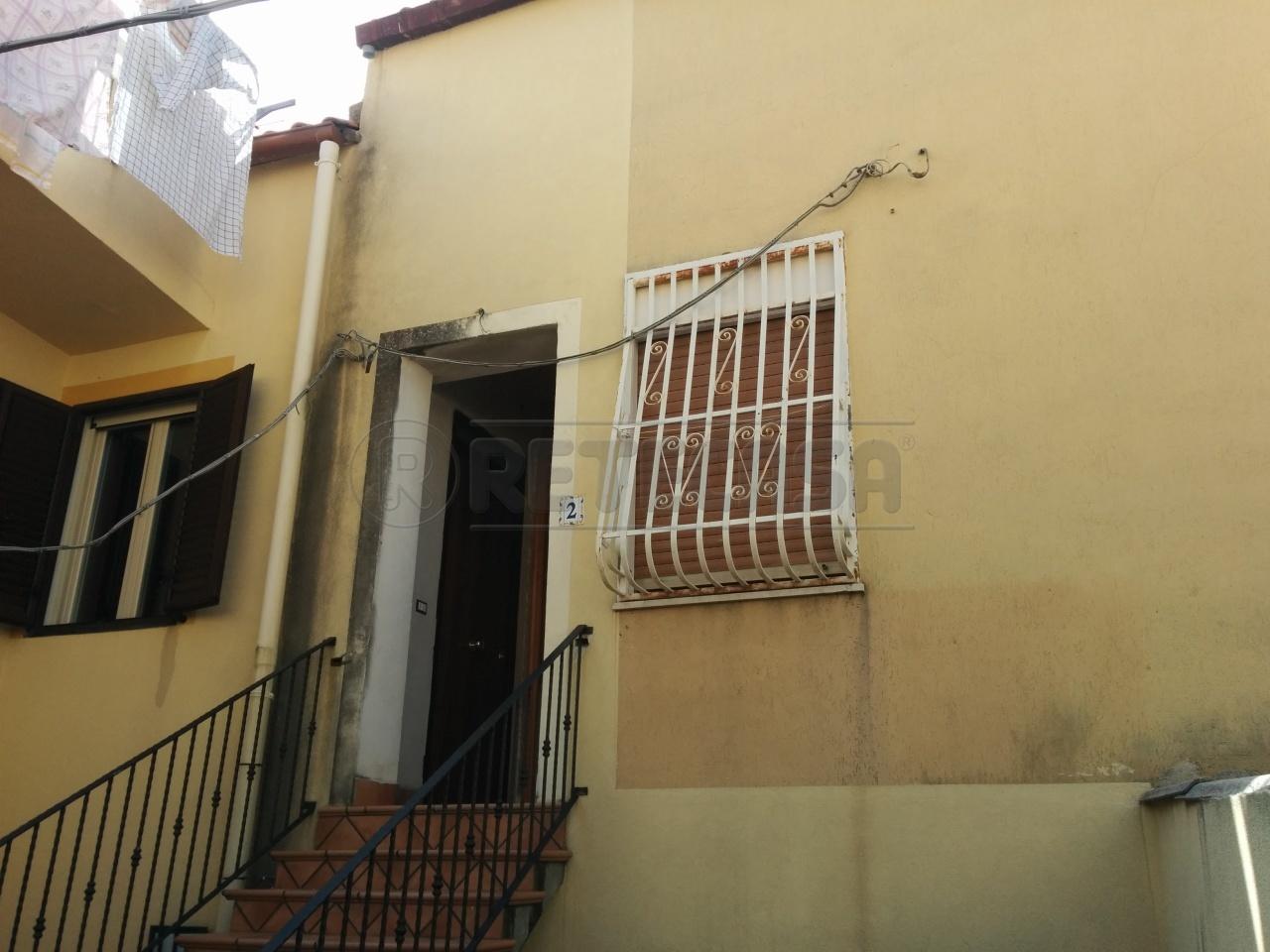 Bilocale Messina Via Chiana 2 3