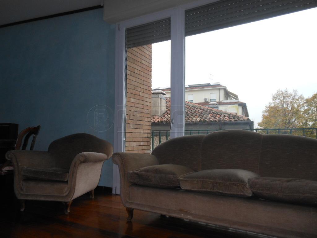 Appartamento in affitto a Bassano del Grappa, 3 locali, prezzo € 700 | Cambio Casa.it