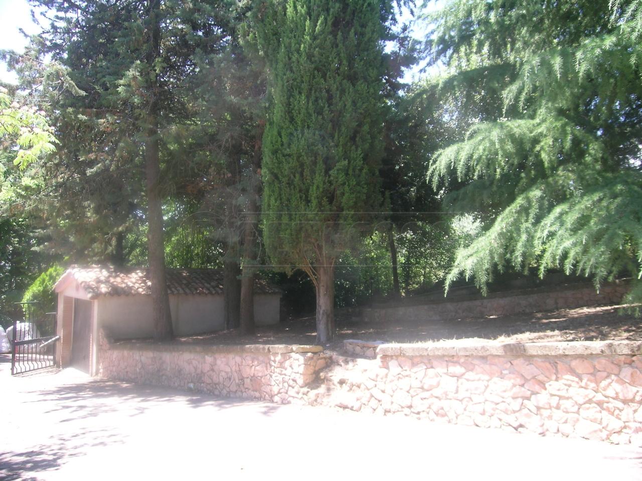 Villa in affitto a Ancona, 8 locali, prezzo € 1.500   Cambio Casa.it