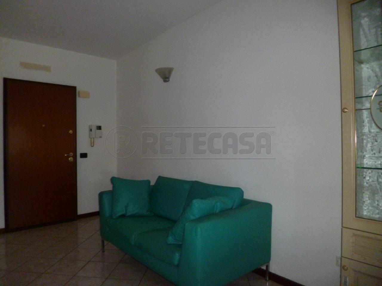 Appartamento in affitto a Roncà, 2 locali, prezzo € 340 | Cambio Casa.it