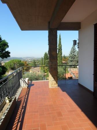 Villa unifamiliare in affitto - 208 mq