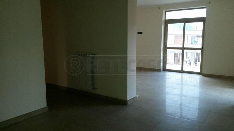 Appartamento in vendita a Mercato San Severino, 4 locali, prezzo € 109.000 | Cambio Casa.it