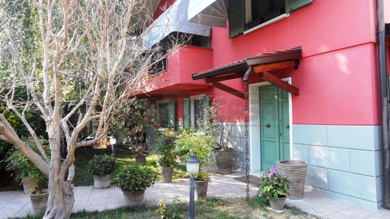 Soluzione Indipendente in vendita a Curtatone, 9999 locali, Trattative riservate | Cambio Casa.it