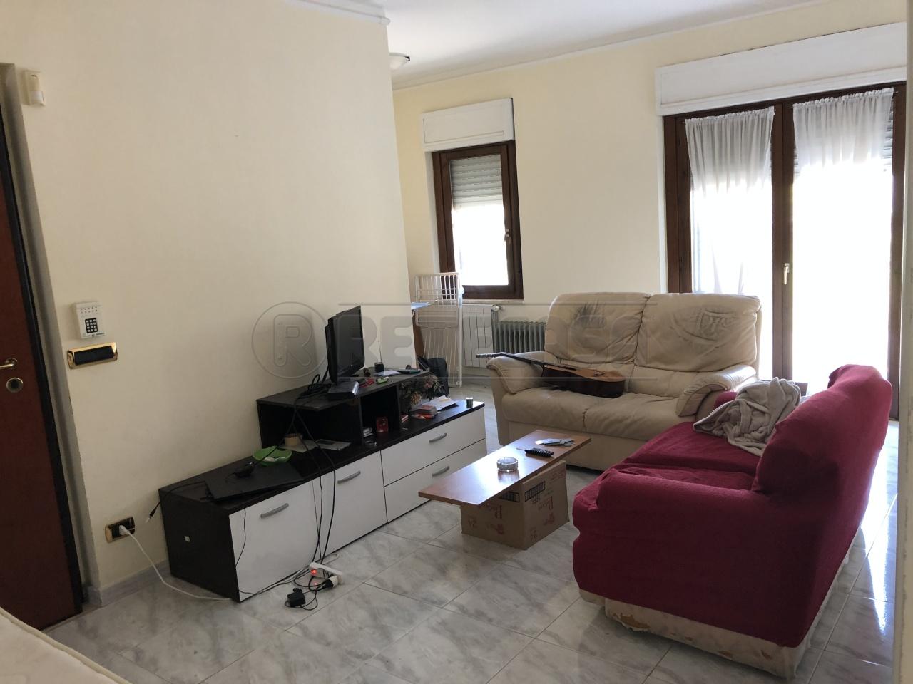 Appartamento 5 locali in vendita a Catanzaro (CZ)