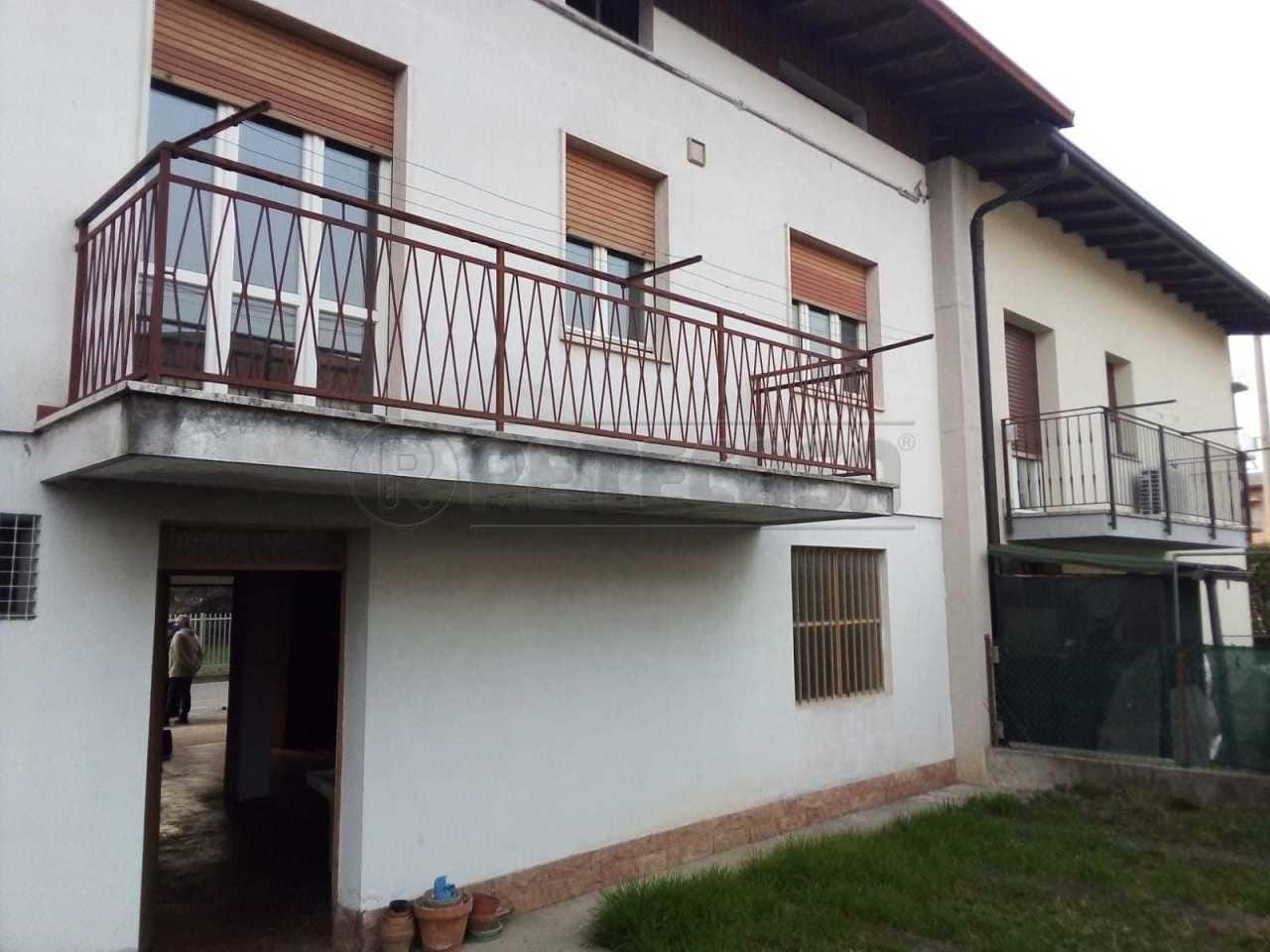 Casa indipendente in vendita a Seriate (BG)