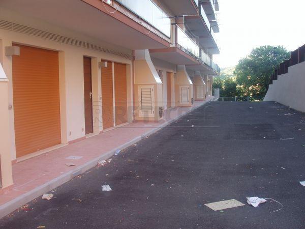 Bilocale in vendita a Ancona in Via Grazie