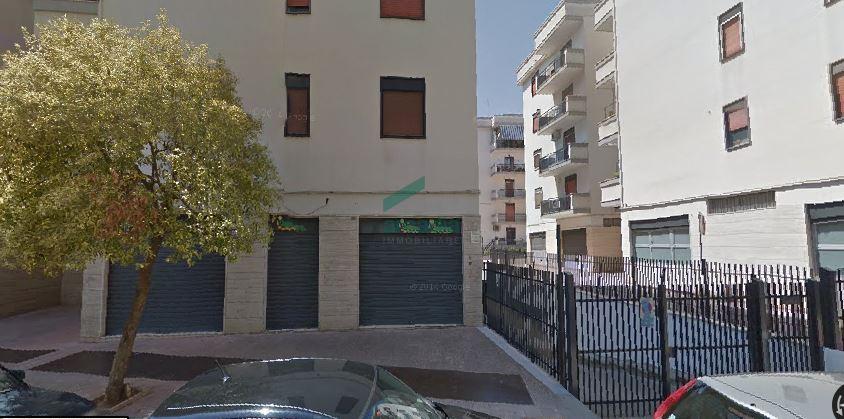Negozio / Locale in affitto a Bitonto, 1 locali, prezzo € 1.500 | CambioCasa.it