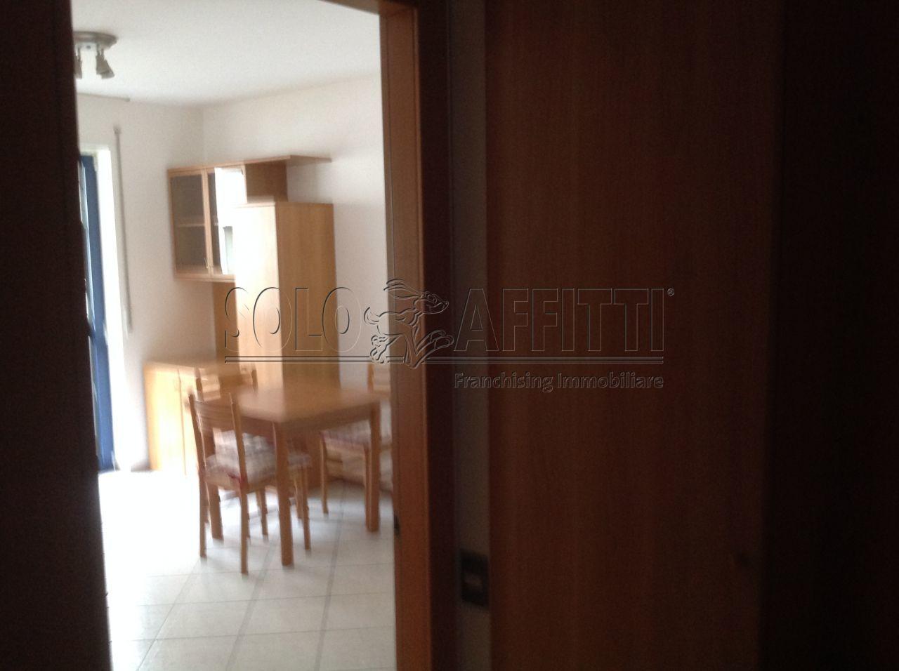 Bilocale Trento Via Guardini 24 4