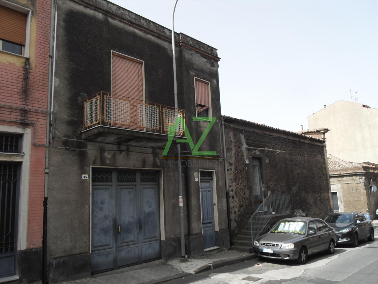 Soluzione Indipendente in vendita a Belpasso, 6 locali, prezzo € 165.000 | Cambio Casa.it