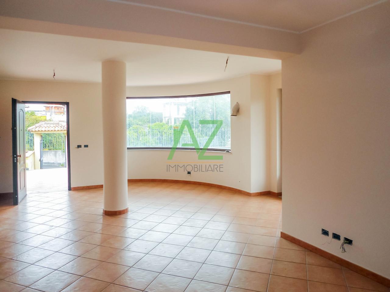 Villa in affitto a Aci Sant'Antonio, 7 locali, prezzo € 980 | Cambio Casa.it