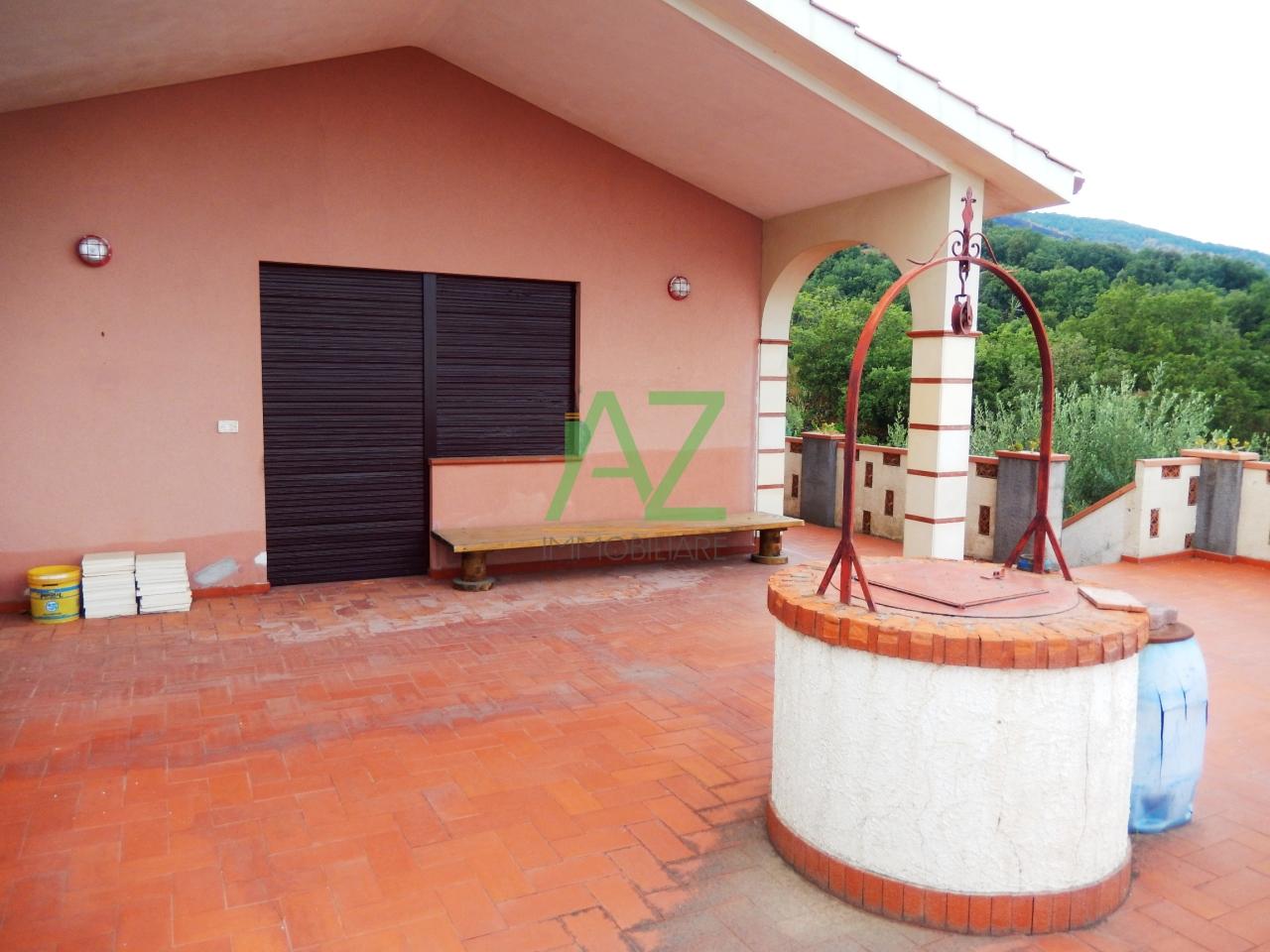 Villa in affitto a Zafferana Etnea, 4 locali, prezzo € 600 | Cambio Casa.it
